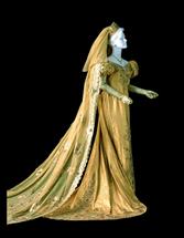 黄金のウエディングドレス